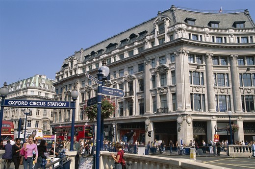 England, London, Oxford Street / Oxford Circus : Stock Photo