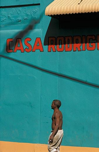 Dominican Republic, Santo domingo, colonail district, passer-by : Stock Photo