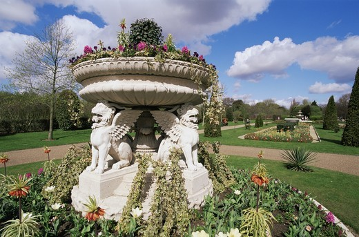 Stock Photo: 1606-142407 England,London,Regents Park