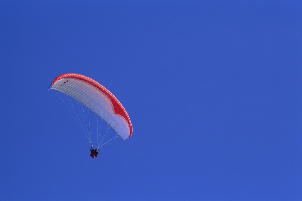 Stock Photo: 1606-145073 England,Paraglider