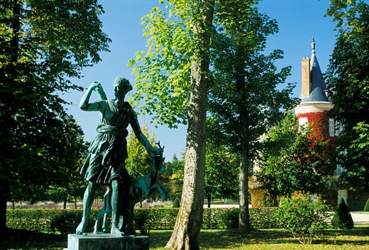 France, Paris region, Rambouillet, park, statue of Diana : Stock Photo