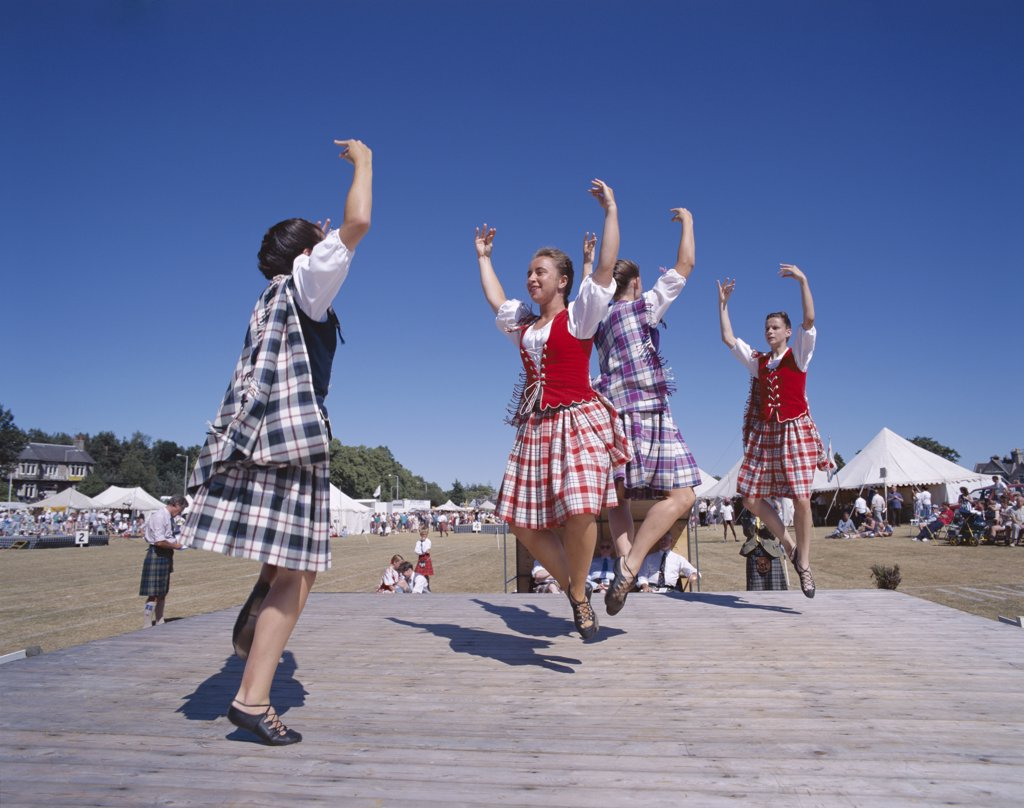 Stock Photo: 1606-149997 Scotland, Highlands, Highland Games / Highland Dancing