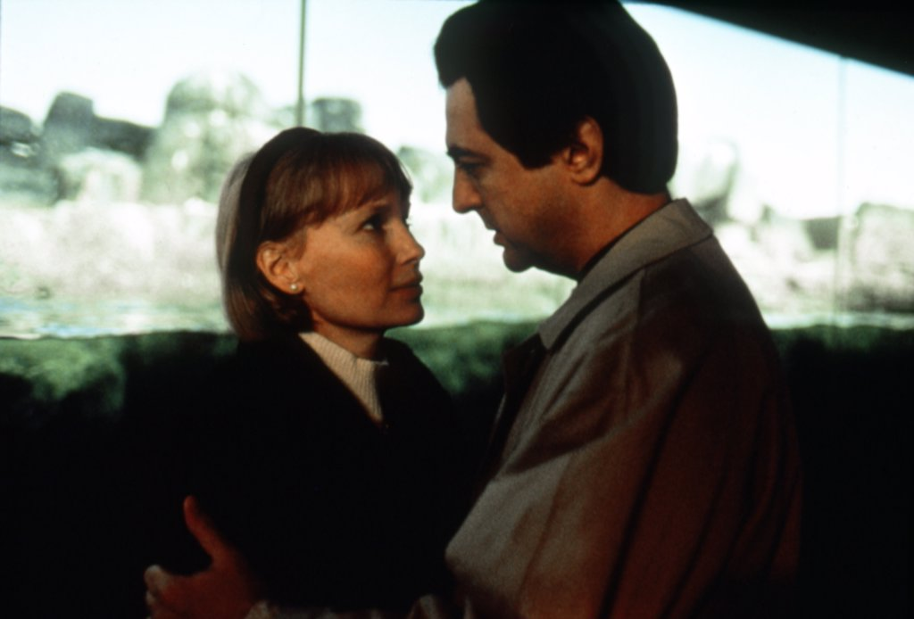 Mia Farrow, Joe Mantegna / Alice 1990 directed by Woody Allen : Stock Photo