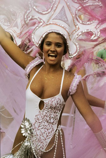Brasil, Rio  carnival, woman dancing : Stock Photo