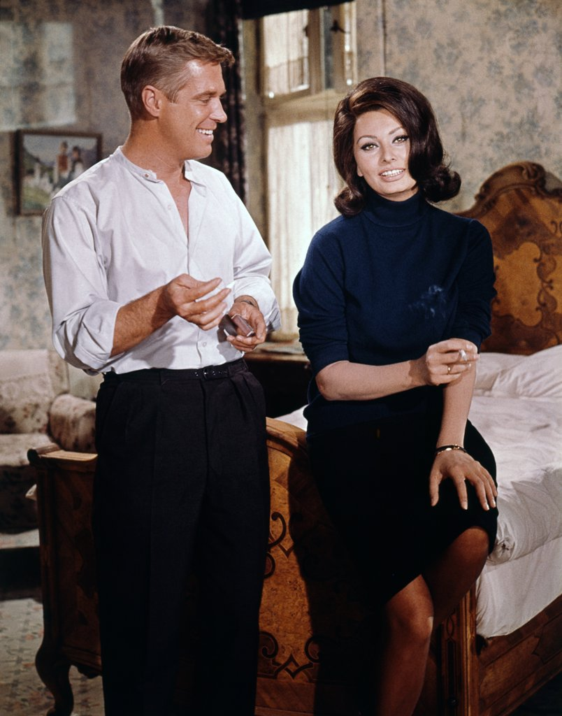 George Peppard, Sophia Loren / Operation Crossbow 1965 directed by Michael Anderson : Stock Photo