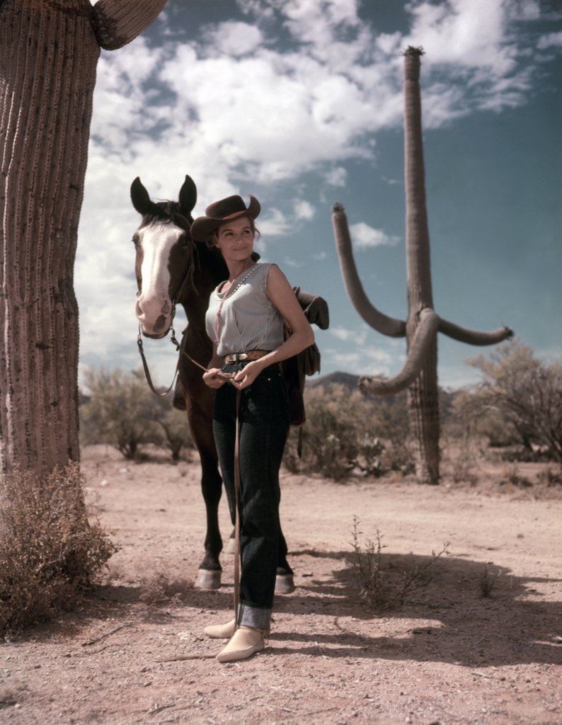 Angie Dickinson / Rio Bravo 1959 directed by Howard Hawks : Stock Photo