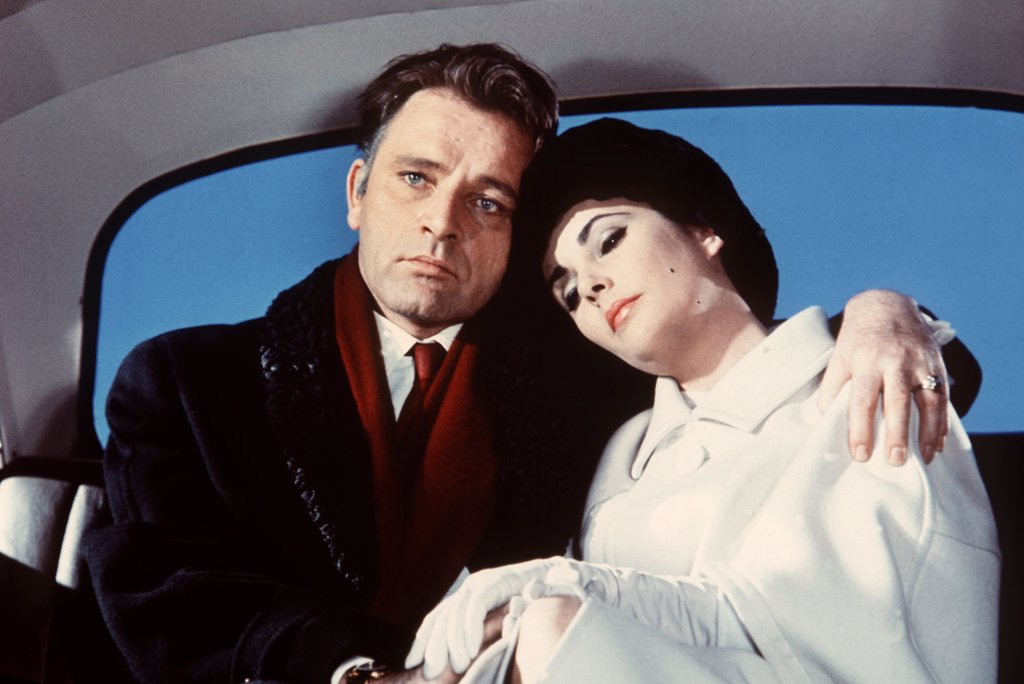 Stock Photo: 1606-153167 Richard Burton, Elizabeth Taylor / The V.I.P.s 1963 directed by Anthony Asquith