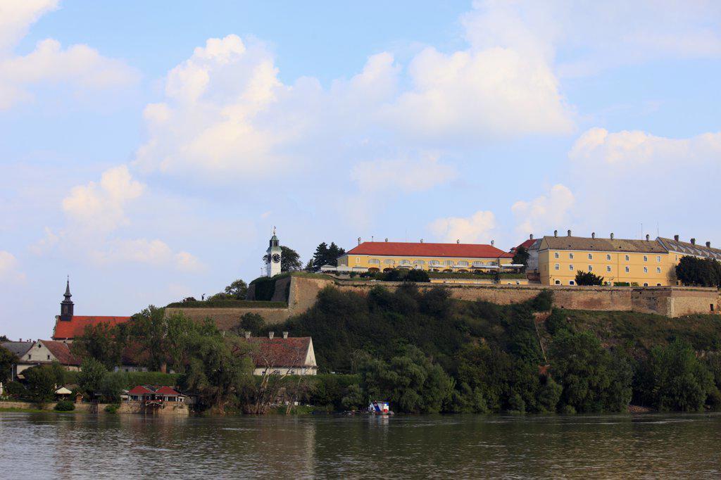 Stock Photo: 1606-154399 Serbia, Vojvodina, Novi Sad, Petrovaradin Citadel, Danube River,