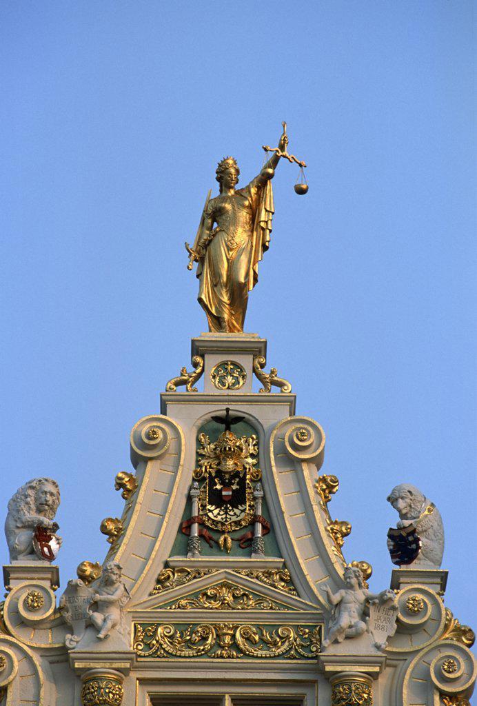 Stock Photo: 1606-155655 Belgium, Bruges, Burg, Oude Griffie building,