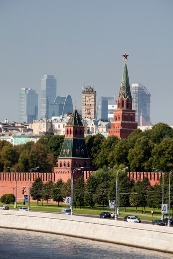 "Stock Photo: 1606-156856 Rusia , Moscow City, The Kremlin, South Walls and """"Moscow City"""" Skyline"