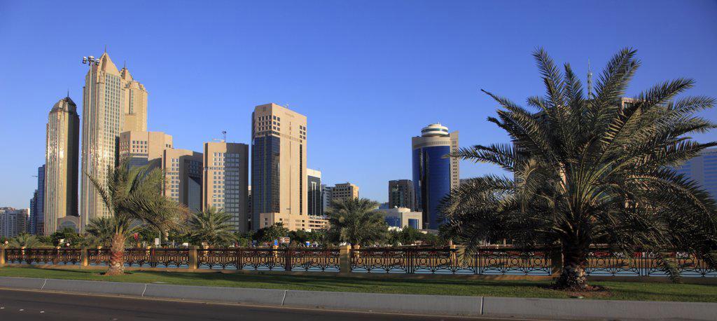 Stock Photo: 1606-157774 United Arab Emirates, Abu Dhabi, Corniche Road,
