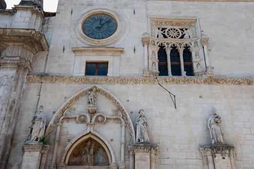 Annonciation palace;15-16th;Sulmona;Abruzzia;Italia : Stock Photo