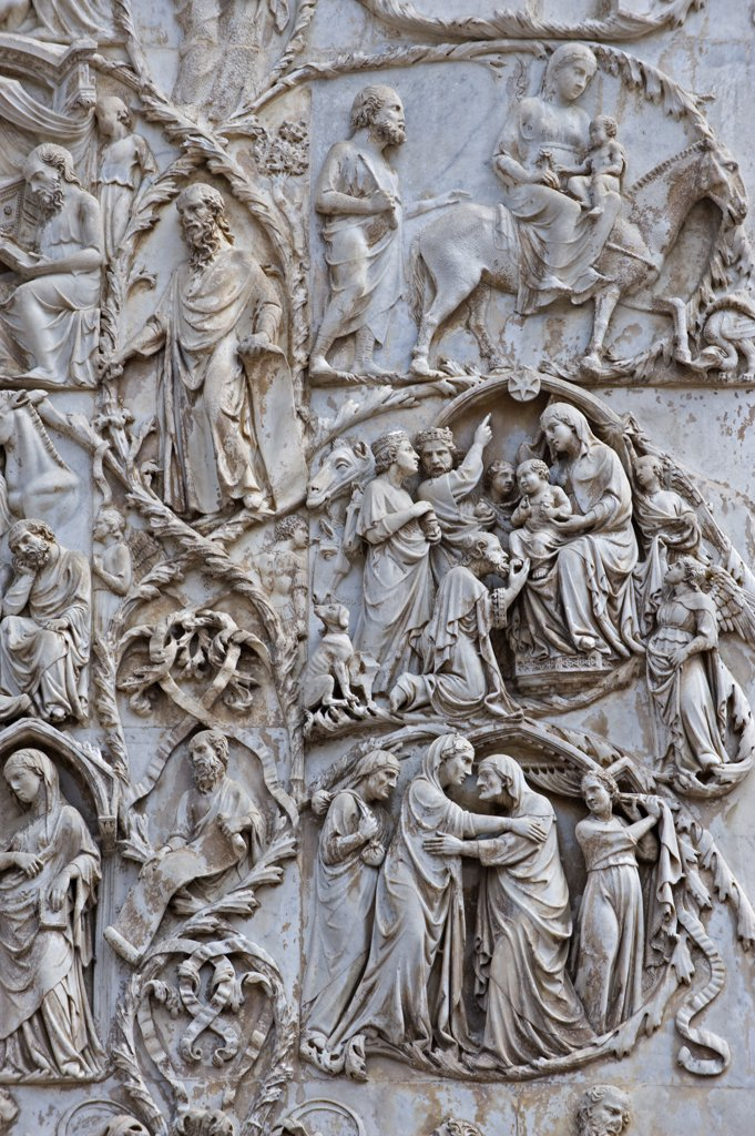 Stock Photo: 1606-161489 Detail of the bas-relief of the new testament;Duomo;Orvieto;Umbria;Italia