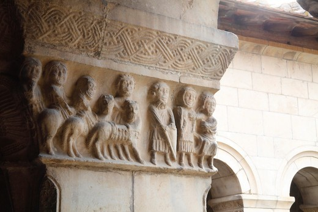 Stock Photo: 1606-162232 France, Languedoc Roussillon, Pyrénées Orientales (66), Elne, Sainte Eulalie et Sainte Julie cathedral, the cloister