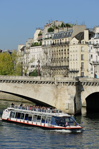 Stock Photo: 1606-162415 France, Ile-de-France, Capital, Paris, 4th, City center, Island Saint Louis, Bank of the Seine