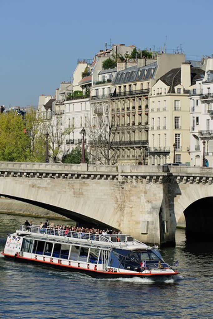 France, Ile-de-France, Capital, Paris, 4th, City center, Island Saint Louis, Bank of the Seine : Stock Photo