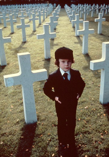 Stock Photo: 1606-166412 Harvey Stephens , The Omen , 1976 directed by Richard Donner [Twentieth Century Fox Film]
