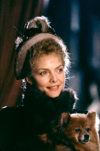 Stock Photo: 1606-166466 Michelle Pfeiffer , The Age of Innocence , 1993 directed by Martin Scorsese [Columbia Pictures]