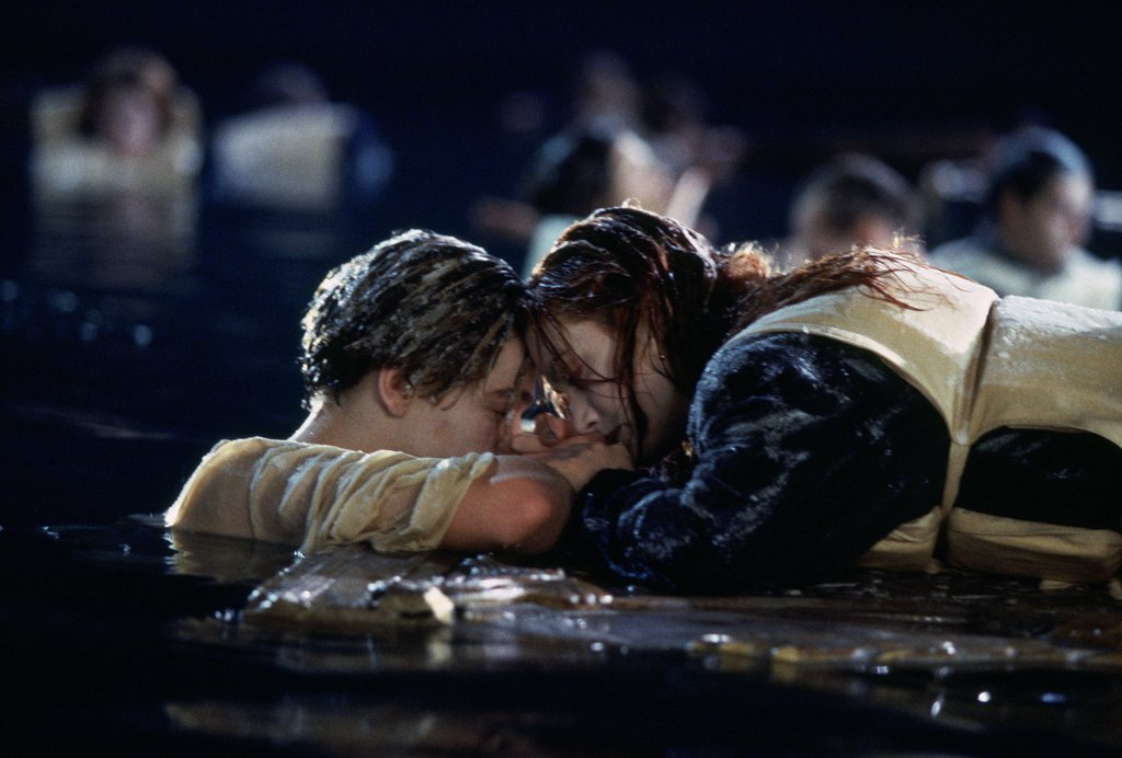Stock Photo: 1606-166663 Leonardo DiCaprio and Kate Winslet , Titanic , 1997 directed by James Cameron [Twentieth Century Fox Pictures]