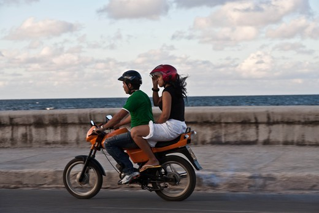 Cuba, street sceens : Stock Photo