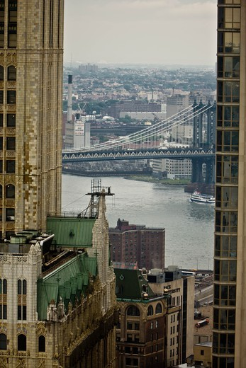 Stock Photo: 1606-168074 New York - United States, south Manhattan skyline under the rain