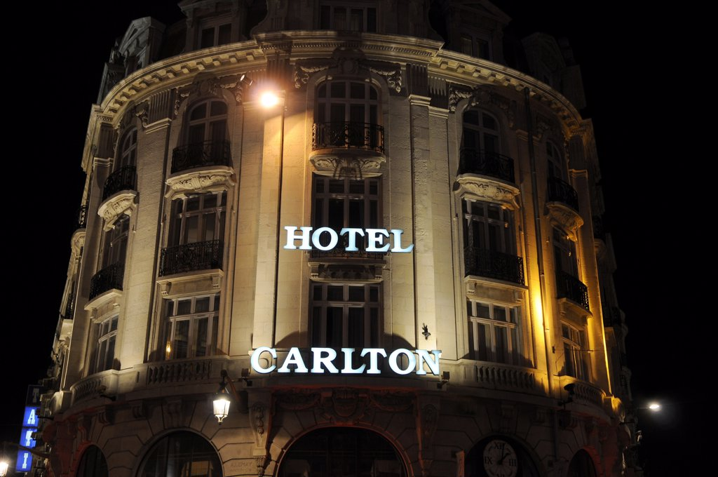 Stock Photo: 1606-169632 France, 59, Lille, Carlton Hotel, 4 Stars, luxury, night