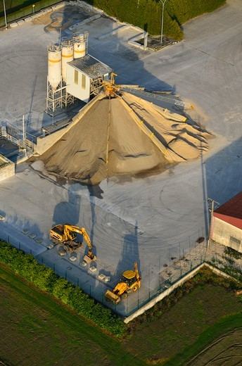 Stock Photo: 1606-169810 France, Picardie, Laon, Distributor of aggregates for concrete, aerial view