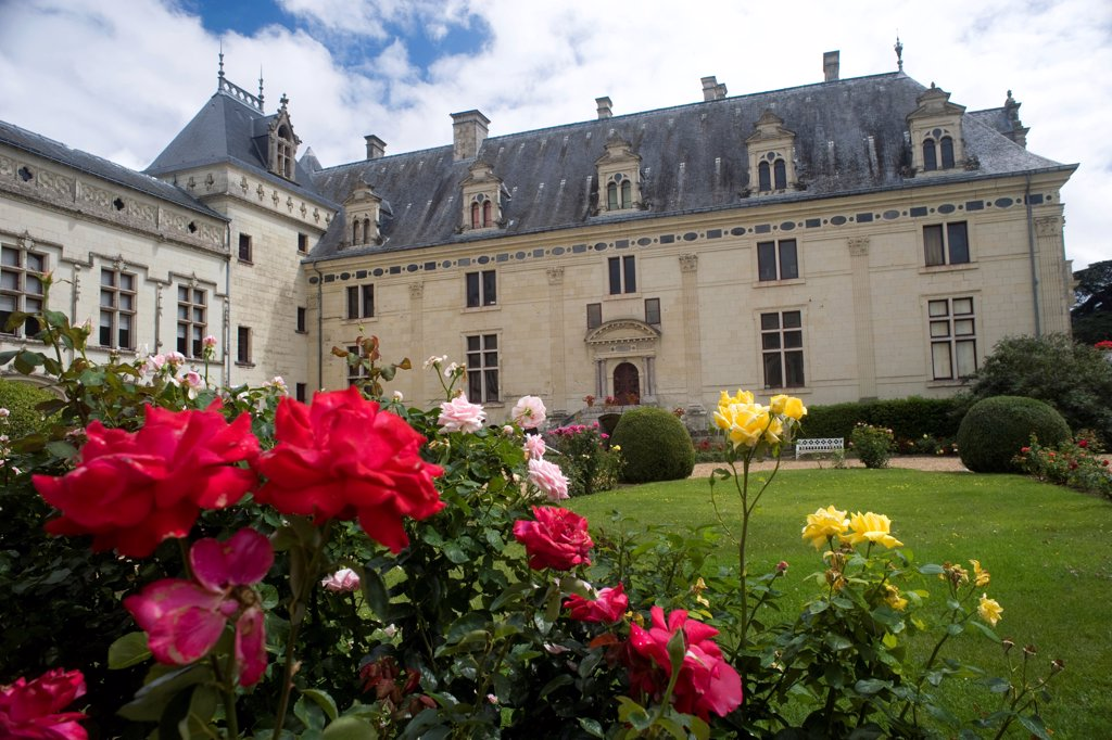 Stock Photo: 1606-170038 Castle of Loire, courtyard and garden of Breze Castle, Breze, Maine et Loire, Pays de la loire, France