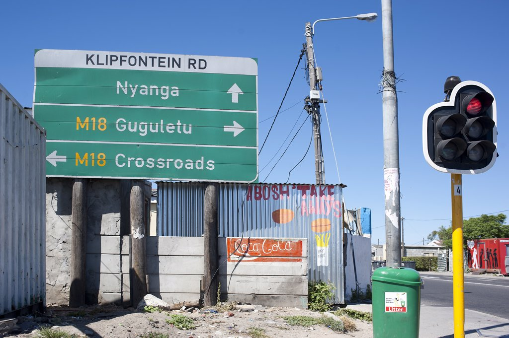 Stock Photo: 1606-170976 South Africa, Cape Town, Township of Nyanga, direction signs in the streets