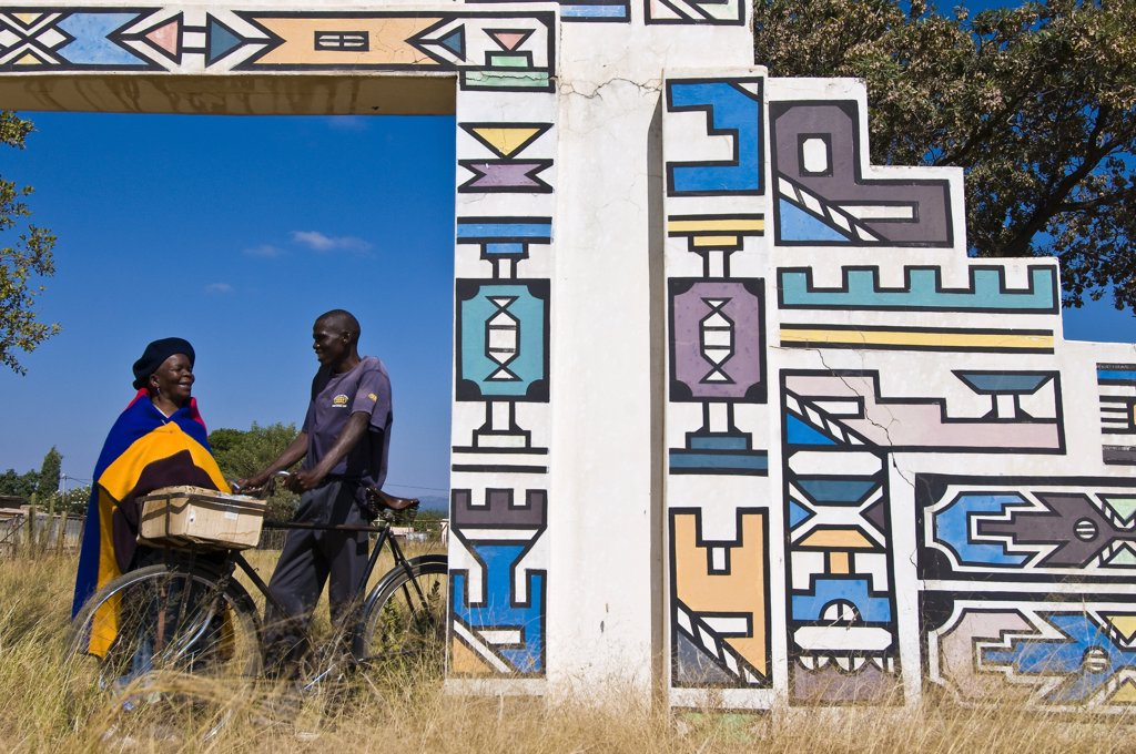 Stock Photo: 1606-172125 Africa, South Africa, Mpumalanga Province, KwaNdebele, Ndebele tribe, Mabhoko village, Ndebele church, Wilhemina Mahlangu and her friend John Mehio Mahlangu talking together at the entrance