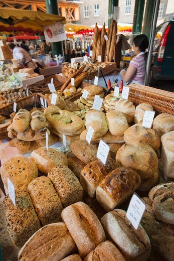 Stock Photo: 1606-174150 England,London,Southwark,Borough Market,Bakery,Bread Display
