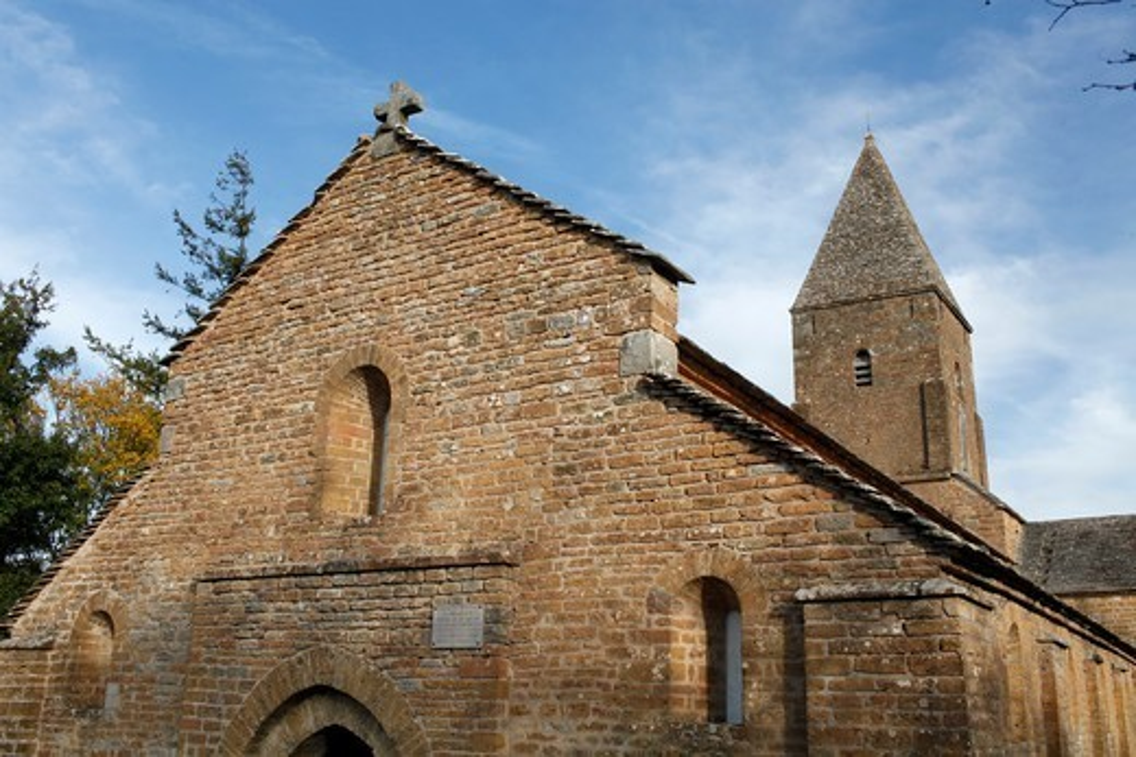 Stock Photo: 1606-177859 Saint Peter's church, Brancion (12th century) France.