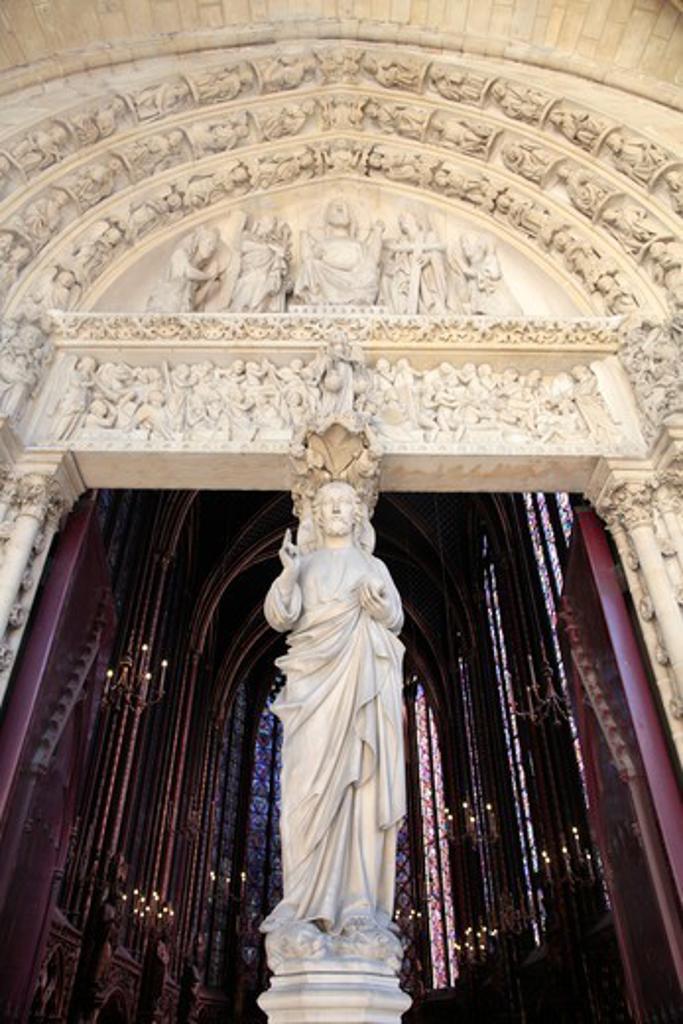 Sainte-Chapelle. Front portal of upper chapel. Jesus. Paris. France. : Stock Photo