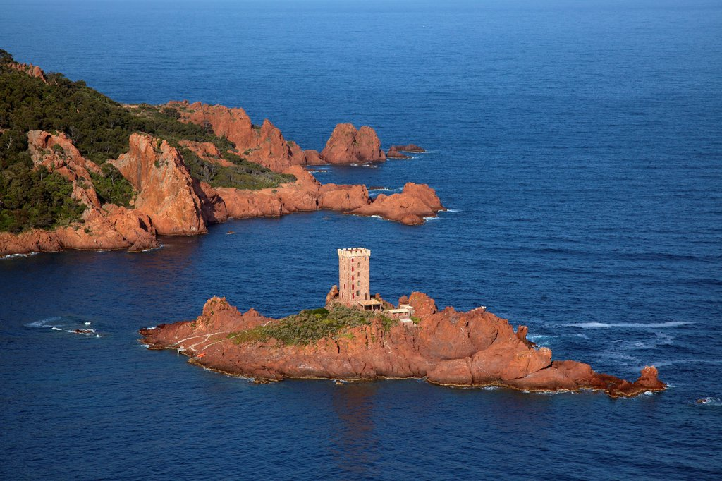 France, Var (83), The Esterel, the tip, and the lighthouse Dramont, the cornice of gold (aerial photo), : Stock Photo