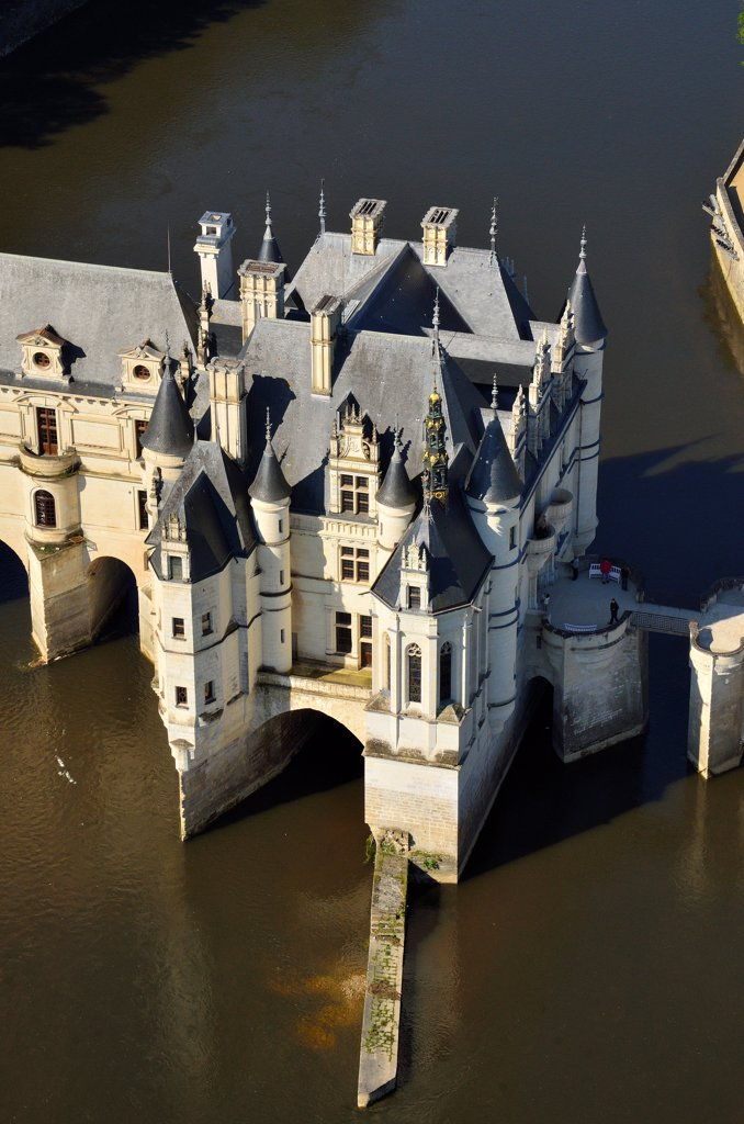 Stock Photo: 1606-181409 France, Centre, Indre et Loire, Chenonceaux, palace of  Chenonceau with renaissance style on Cher river, aerial view