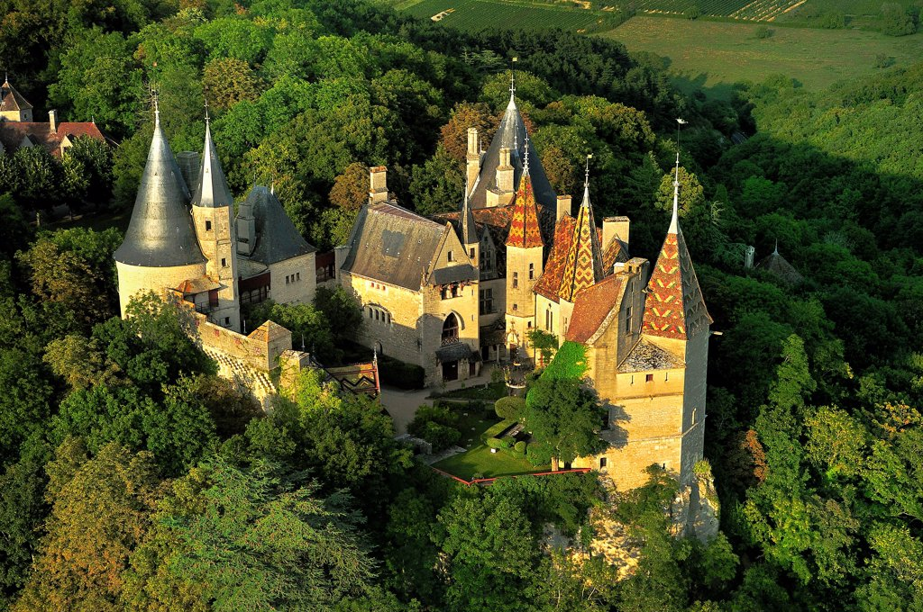 Stock Photo: 1606-184630 Aerial view of the Castle of Rochepot, near Beaune, Burgundy, France, Europe
