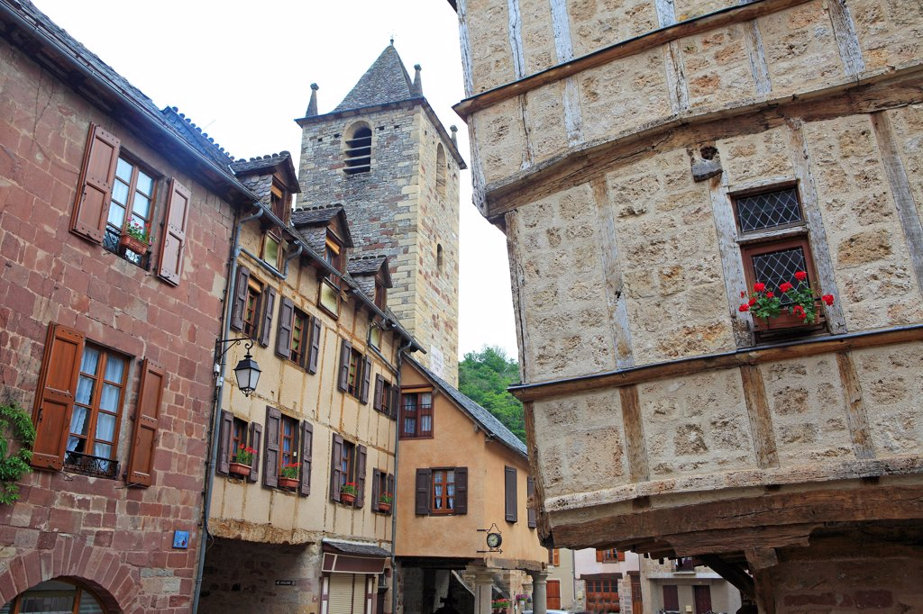 Stock Photo: 1606-186078 France, Lozère (48), Canourgue, labeled Step Village, the Collegiate St. Martin, and houses a timber frame,
