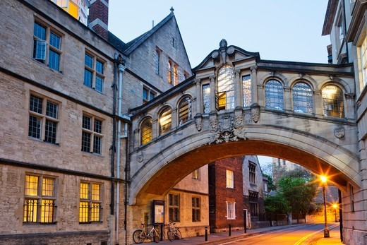 Stock Photo: 1606-188218 England,Oxfordshire,Oxford,Oxford University,New College Lane,Hertford College,Hertford Bridge aka Bridge of Sighs