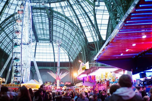 Stock Photo: 1606-188666 Paris, 8th arr, Grand Palais, Christmas Fair, 2011