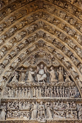 Stock Photo: 1606-189545 France, Somme, Amiens, Amiens Cathedral, Detail of The Last Judgement Portal