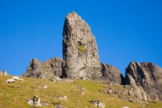 Stock Photo: 1606-189999 Scotland, Inner Hebrides, Isle of Skye, Old Man of Storr Mountains