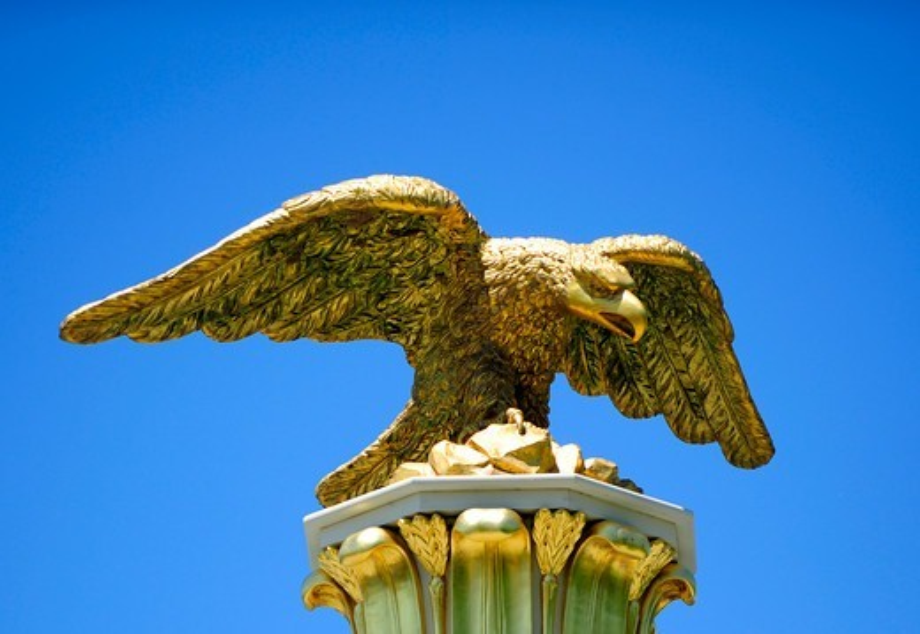 United States,USA,Pennsylvania,a stony eagle in Philadelphia : Stock Photo