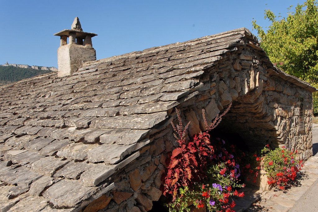 Stock Photo: 1606-191055 View of La Cresse house in Aveyron region, France
