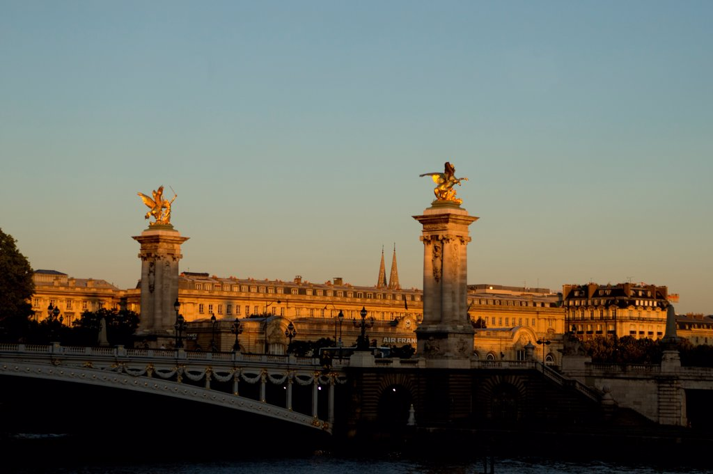 Stock Photo: 1606-192412 France, Paris, Pont Alexandre Iii