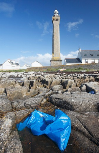 Stock Photo: 1606-194060 France. Finistere. Brittany. Pointe De Penmarch. Eckmühl Lighthouse. Abandoned Plastic Bag.