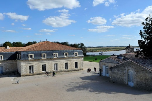 Stock Photo: 1606-195644 View Of A Palace, La Corderie Royale, Rochefort, Charente-Maritime, Poitou-Charentes, France