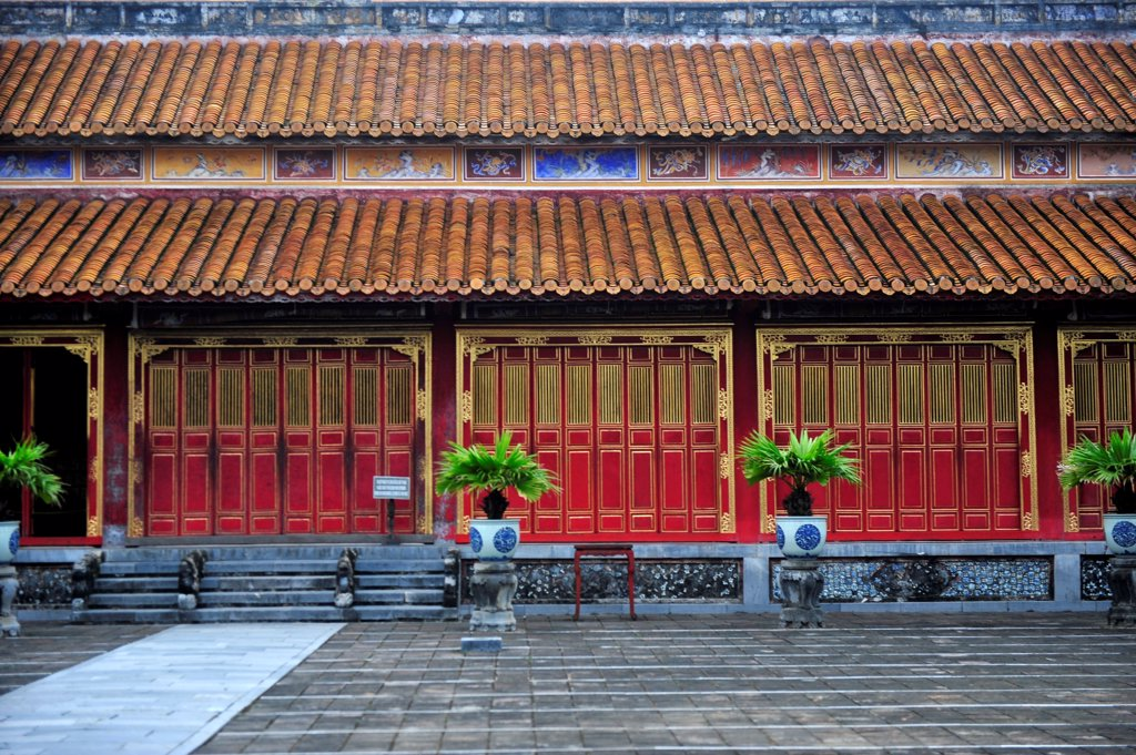 Stock Photo: 1606-196094 Colorful Red And Gold  Decorative Doors On The Exterior Of The Forbidden In Hue'S Citadel, Central Vietnam, Vietnam, South East Asia, Asia