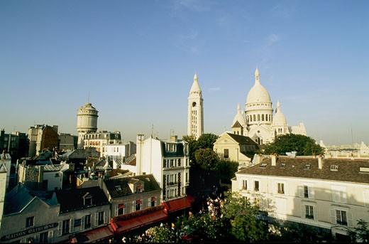 Stock Photo: 1606-19622 France, Paris, Montmartre, Tertre square, Sacré-Coeur basilica