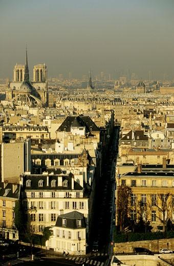 France, Paris, 4th arrondissement, St Louis island, facades : Stock Photo