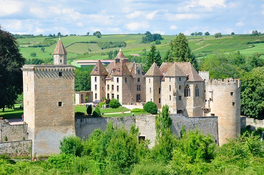 Stock Photo: 1606-197139 France, Bourgogne, Saone-Et-Loire, The Castle Of Couches